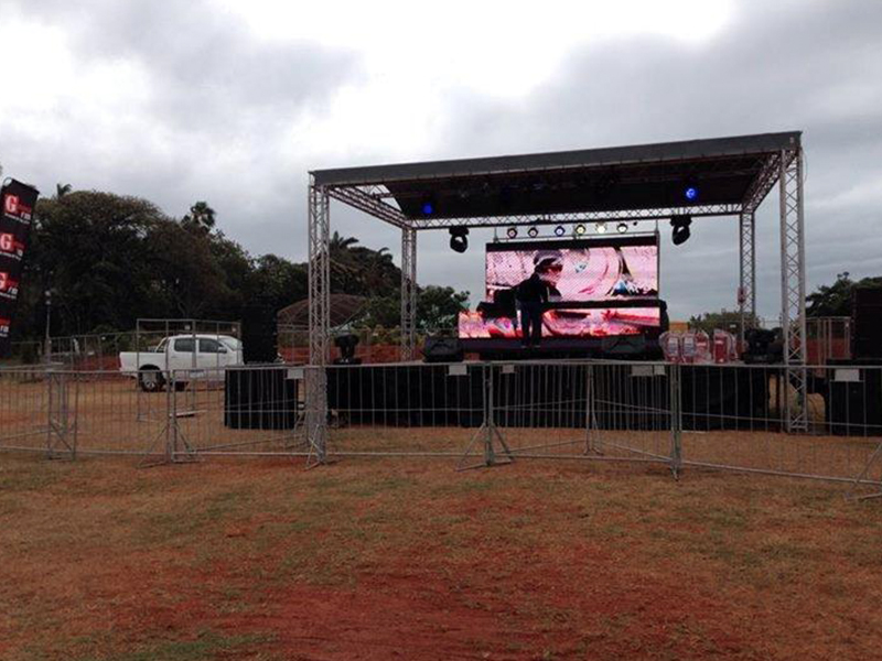 Outdoor Festival Stage Sound Screen